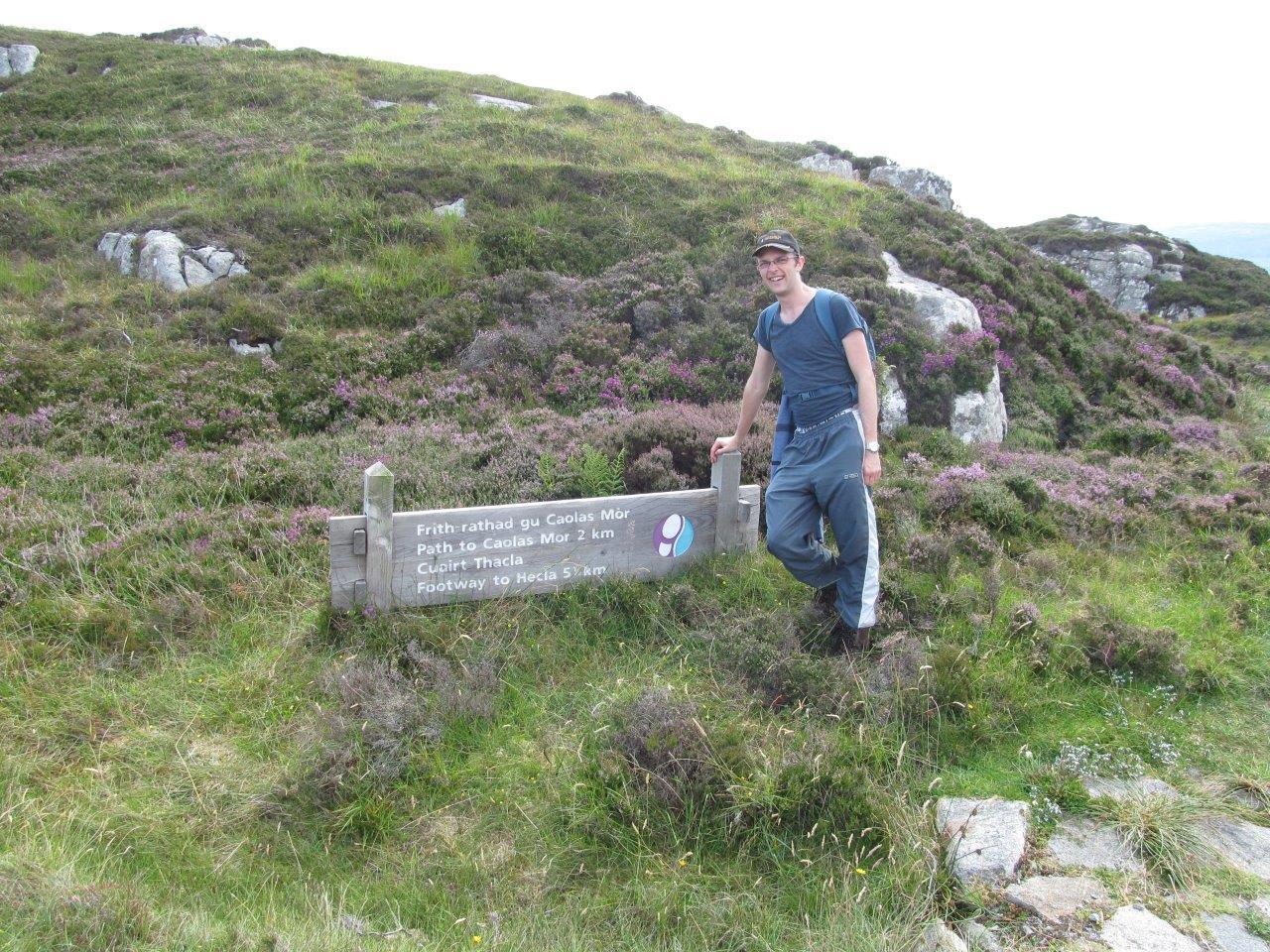 Hecla path sign N Binnie